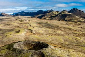Volcanic Craters Fly Over Tour by Helicopter