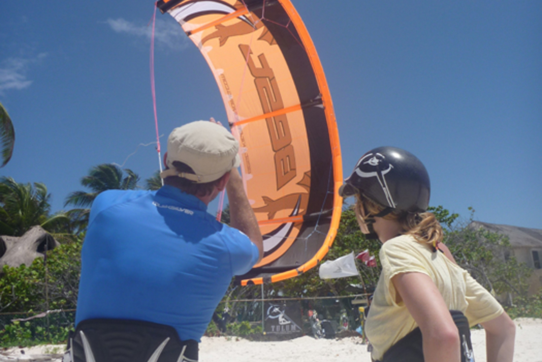 3-Hour Tulum Beach Kiteboarding Lesson