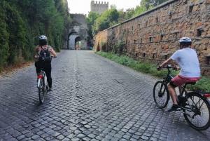 Appian Way Catacombs and Aqueducts Bike Tour