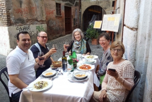 Campo De' Fiori Market and Trevi Food & Wine Tour
