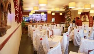 Cinnamon Fine Indian Cuisine and Bar