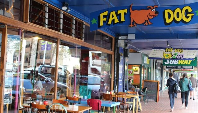 Fat Dog Cafe and Bar