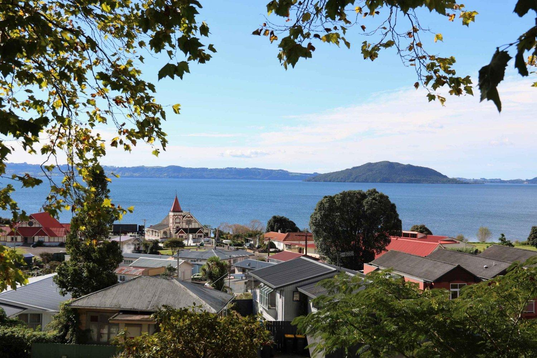 Rotorua City: 1-hour Private Guided Walking Tour