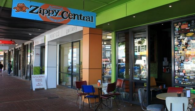 Zippy Central Restaurant