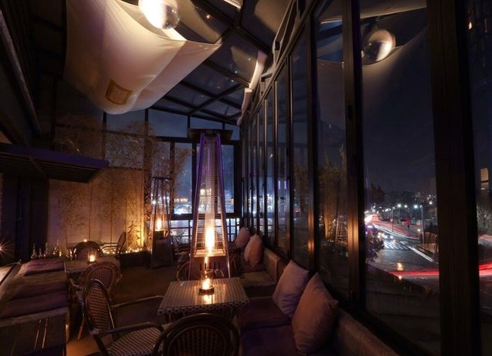 3 SECTION ROOFTOP LOUNGE BAR