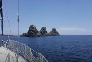 Catania: Spritz and Sail Tour