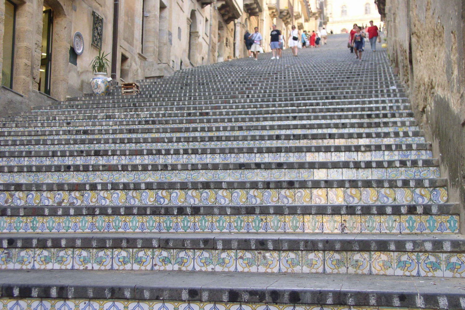 From Catania: Caltagirone and Piazza Armerina Full Day Tour