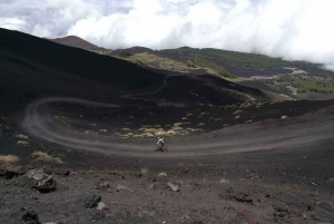 From Taormina: Cycling Tour to the Top of Mount Etna