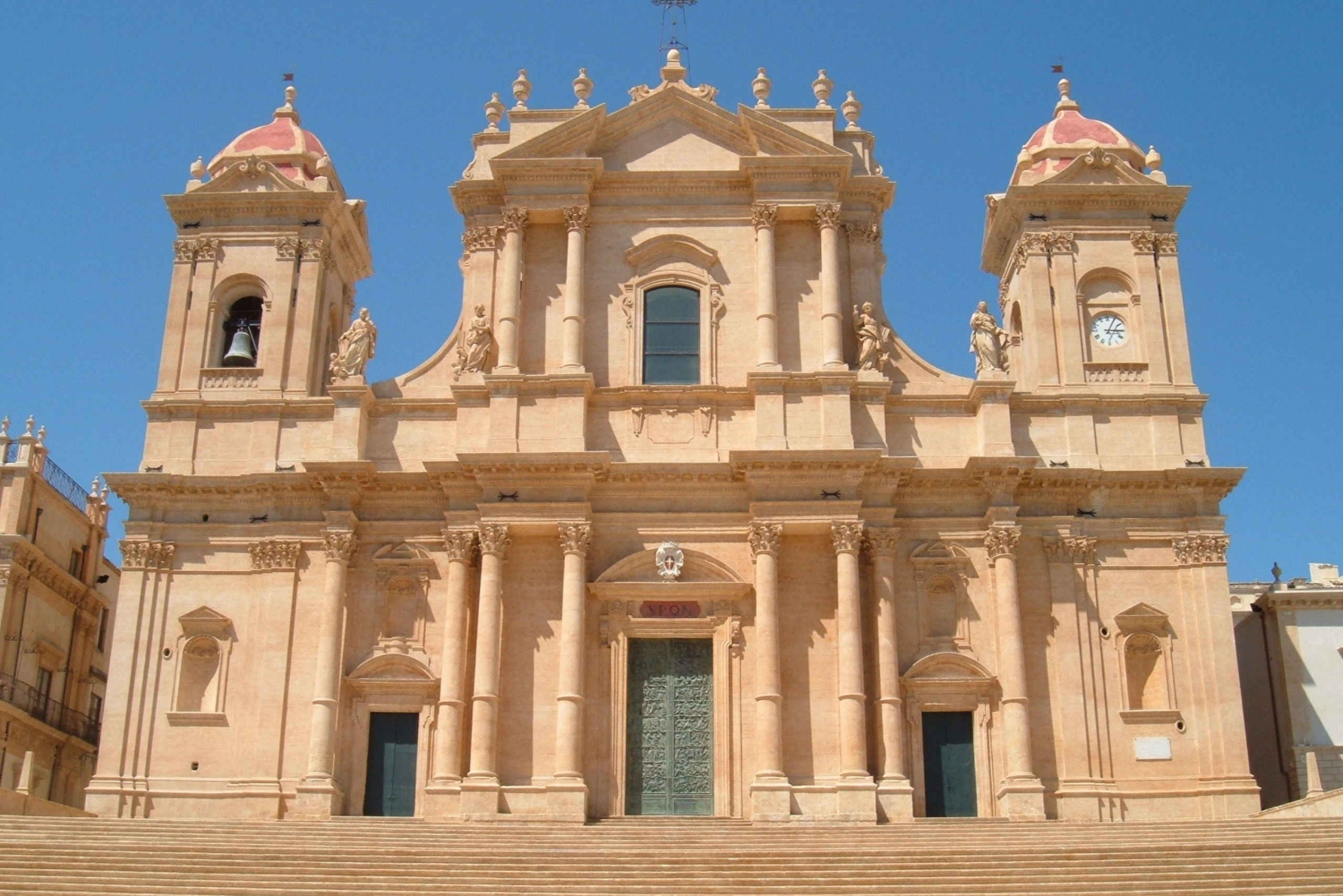 From Taormina: Full Day Tour to Noto and Marzamemi