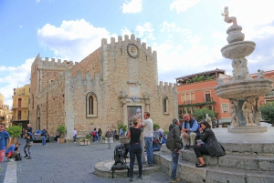 From Tropea: Full-Day Tour to Taormina in Sicily