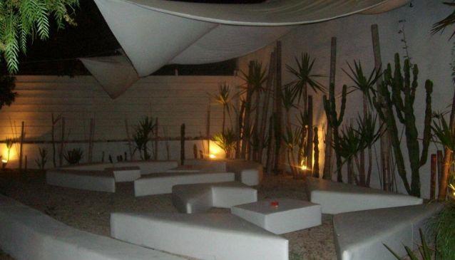 Giza Lounge Bar & Pizzeria