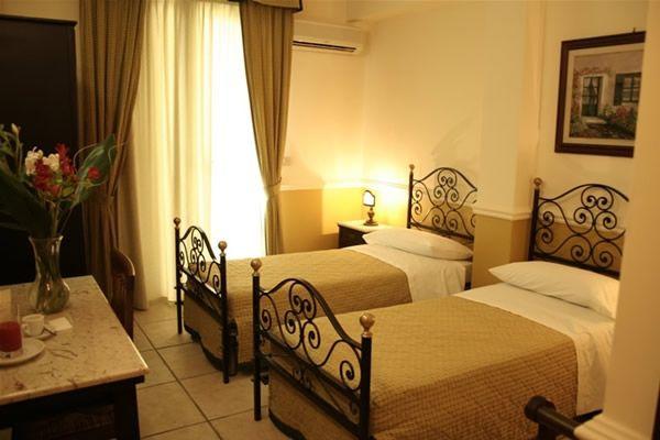 Giardini naxos hotel villa linda - Villa Linda Giardini Naxos
