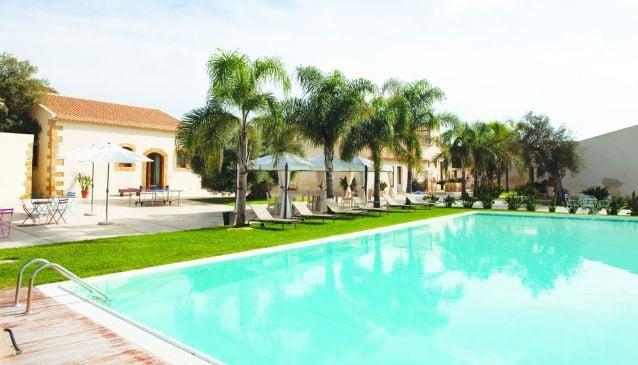 Kalaonda Plemmirio Hotel