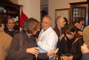 Palermo: 2-Hour Sicilian Cheese and Wine Tasting Tour