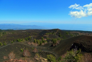 Taormina and Catania: Mount Etna Exploration and Cave Tour