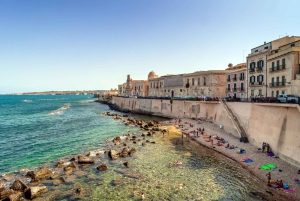 Taormina: Small-Group Siracusa and Noto Tour with Lunch