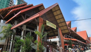 Geylang Serai Wet Market and Food Centre