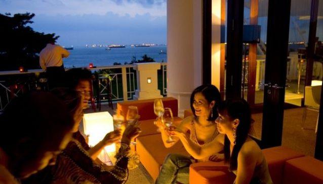 ilLido Italian Dining & Lounge Bar