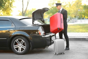 Singapore: Private Transfer to/from SIN Intl. Airport (SIN)