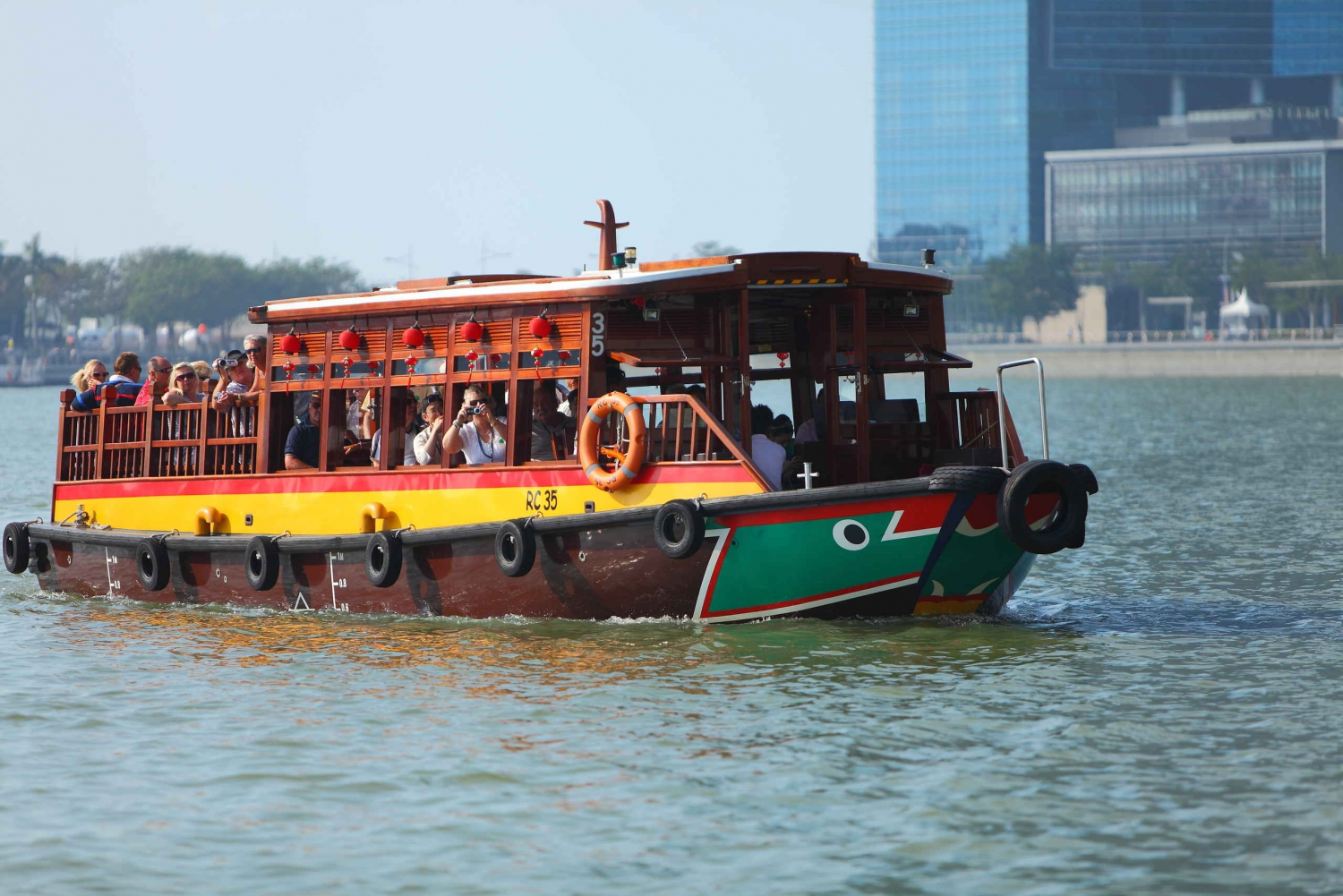 Singapore River Cruise E-Ticket