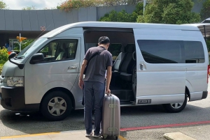 Singapore: Shared Hotel Transfer to Changi Airport