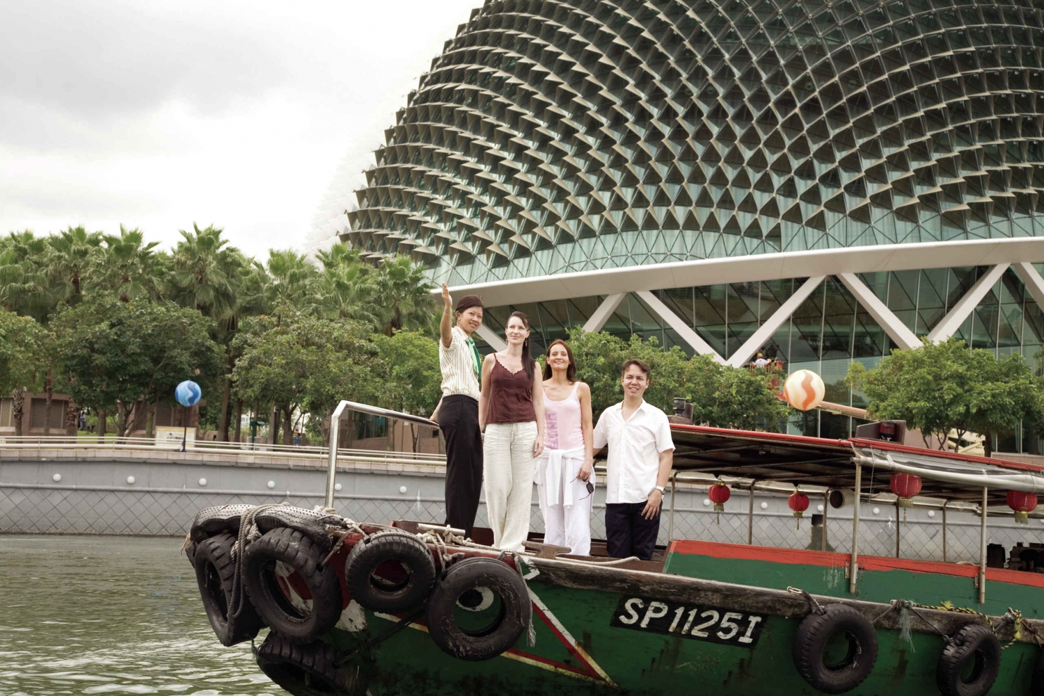 Singapore's Colonial Past Walking Tour with Afternoon Tea