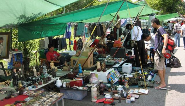 Sungei Road Thieves Market