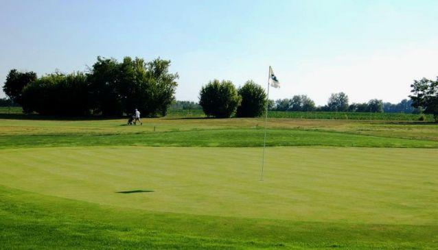 Airport Golf Club