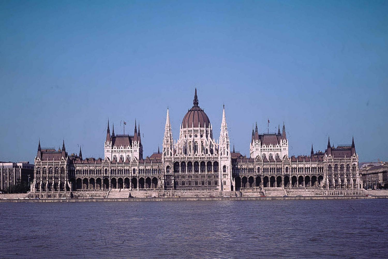 Bratislava to Budapest Private Transfer