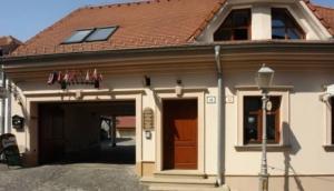 Hotel Pod Hradom