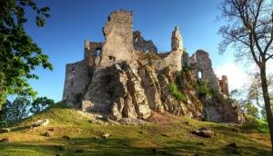 Hru?ov Castle