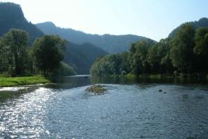 Krakow: Dunajec Rafting, Treetop Walk & Thermal Baths Tour