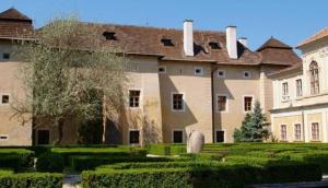 Manor House Brodzany