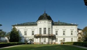 Manor House Pustý Chotár - Beladice