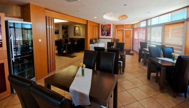Múza Hotel & Restaurant