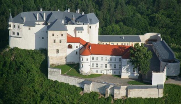?up?a Castle