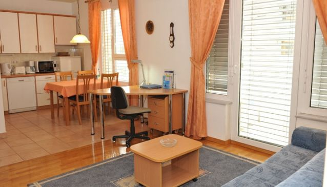 Central Apartments Ljubljana Tour As - BARBARA