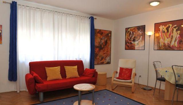 Central Apartments Ljubljana Tour As - IRENA