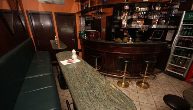 Eva bar