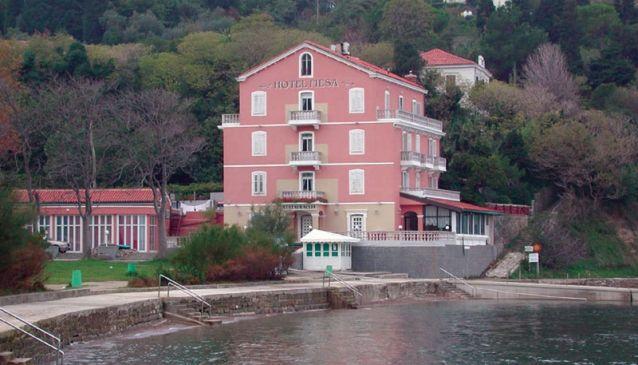 Fiesa hotel in restavracija