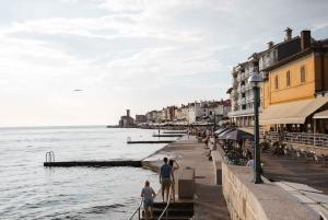 Koper: Piran or Izola Round-trip Transfer with Commentary
