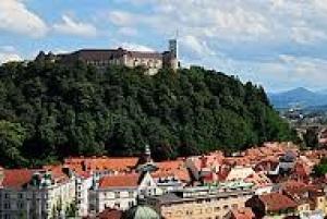 Ljubljana: Private 2-Hour City Walking Tour