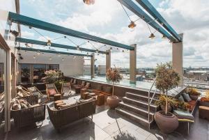 Hidden Rooftops and Terraces Tour