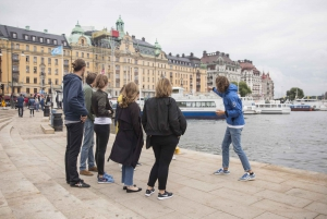 Stockholm: Guided City Walking Tour