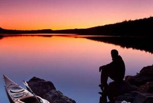 Stockholm: Sunset Kayak Tour in Stockholm's Archipelago