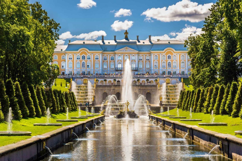 5-Hour Private Peterhof Palace & Parks Tour