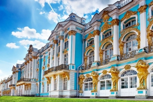 From St. Petersburg: Catherine Palace and Amber Room Tour