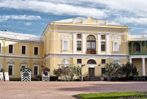 From St. Petersburg: Pavlovsk Palace and Gardens Tour
