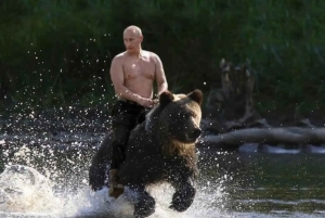 From the Russian Revolution to Putin Tour
