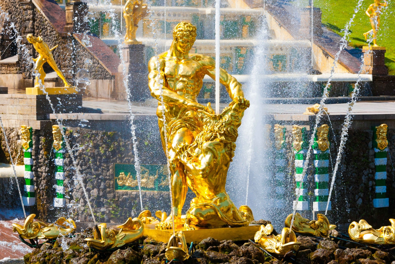 Peterhof Grand Palace Fast Track Ticket & Lower Park Access